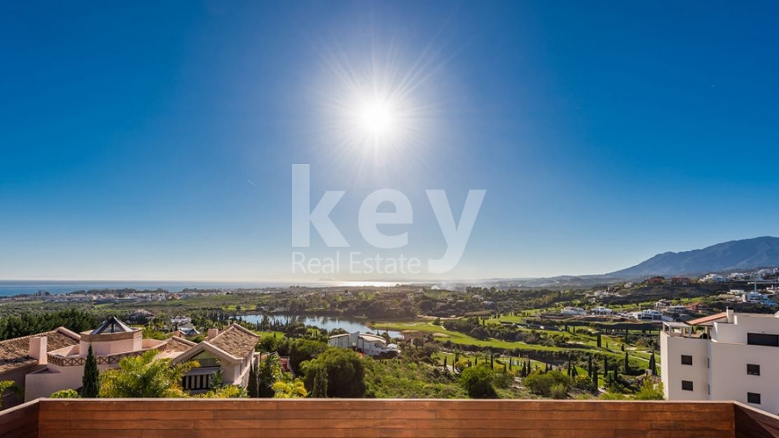 Stunning penthouse in Los Flamingos Golf, Benahavis