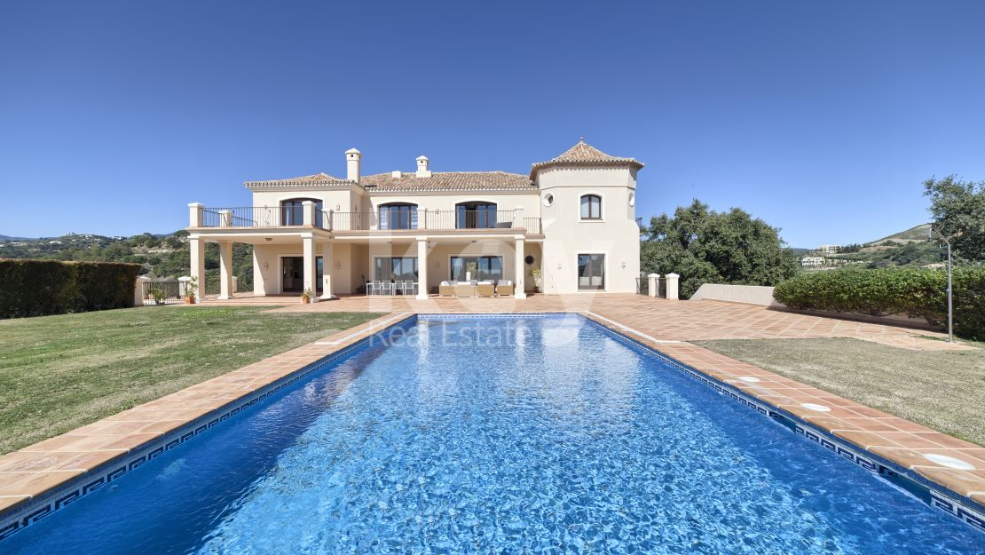 Amazing sea views villa in Marbella Club Golf Resort, Benahavis