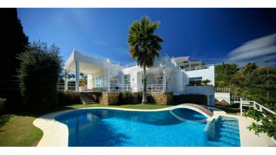 Magnificent villa close to golf in La Quinta, Benahavis