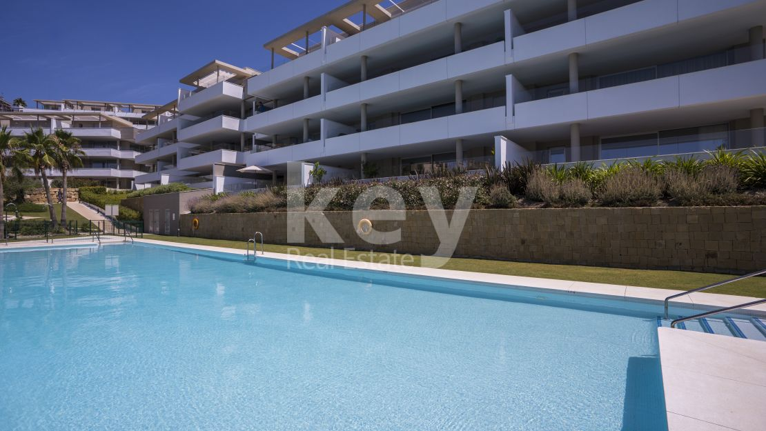 Unique apartment with panoramic view in La Reserva de Alcuzcuz, Benahavis