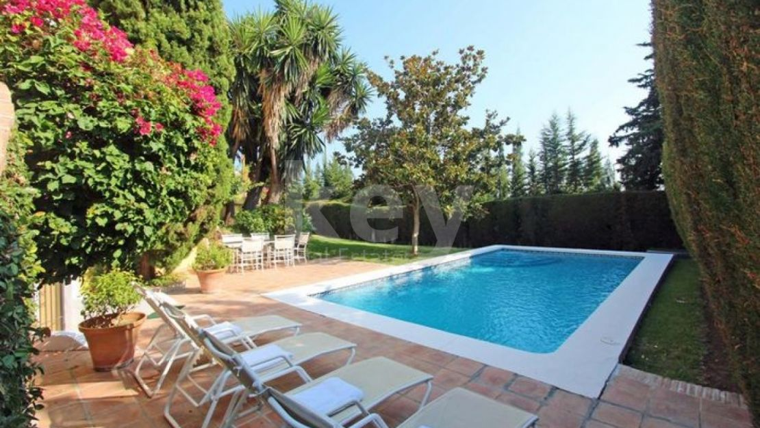 A beautiful villa in Nueva Andalucia for rent