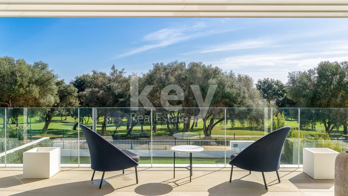 Incredible townhouse in prestigious gated community, Sotogrande