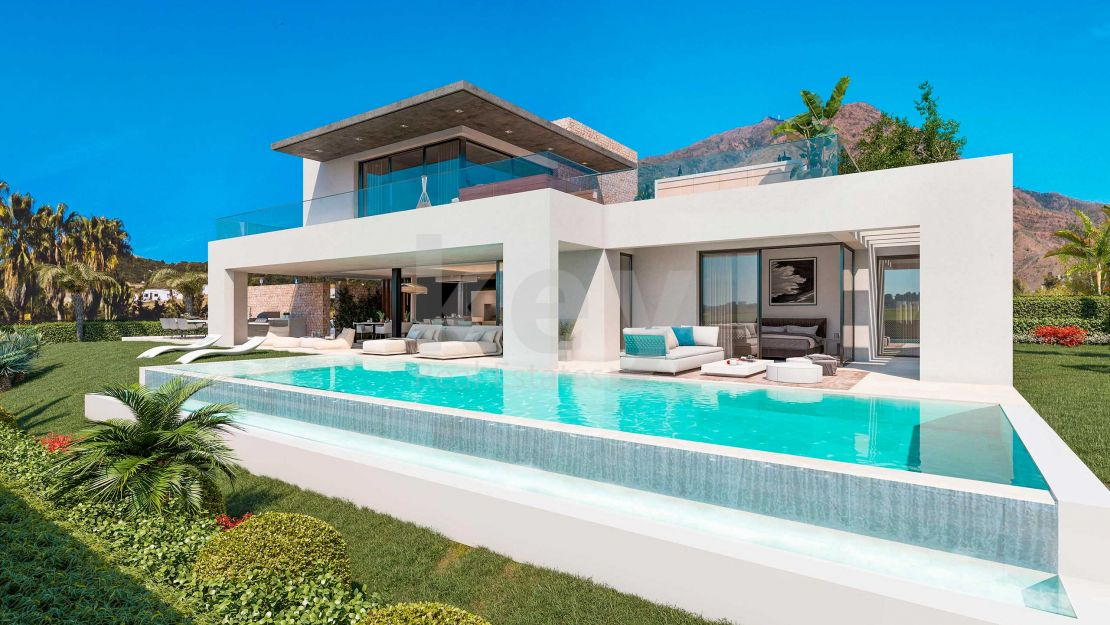 Sophisticated villa in the special area of Romano Golf, Estepona