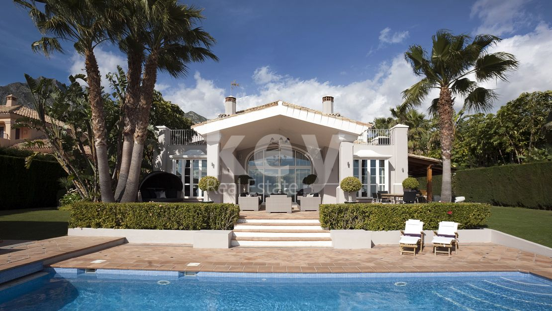 Elegant sea view villa for rent in Sierra Blanca, Marbella