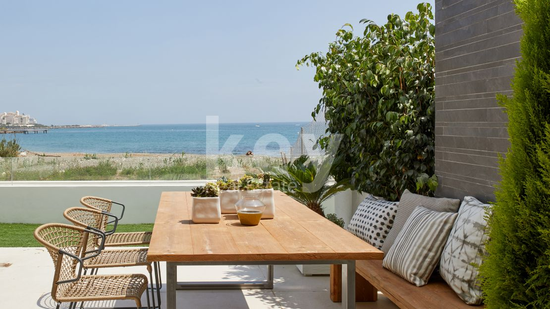 Exclusive contemporary beachfront townhouse in Estepona