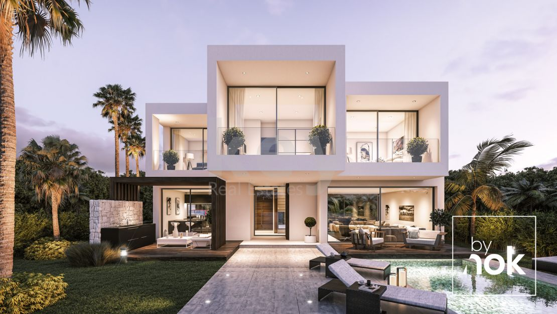 Modern villas nearby sea in Estepona