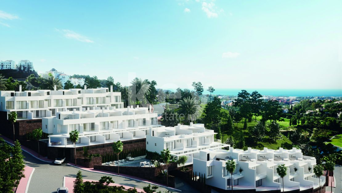 New project of the town houses wit a sea view situated  in Andalusian village in Benalmádena Pueblo