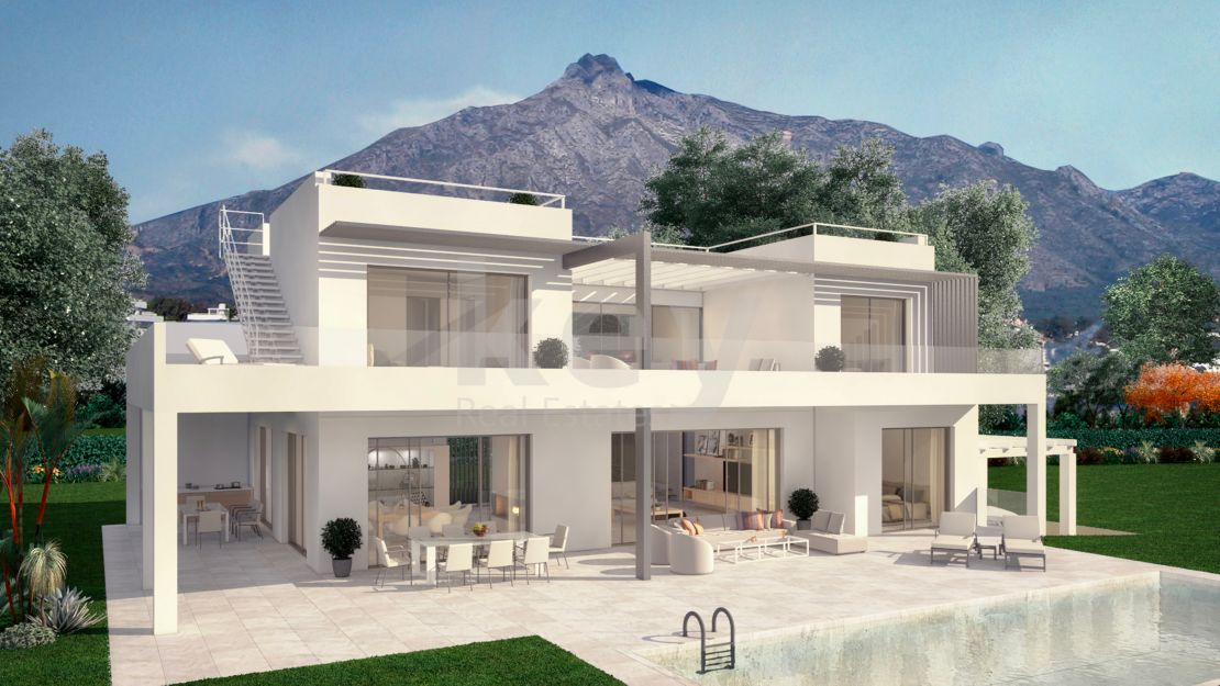 In the heart of the golden mile, luxury villa with sea views