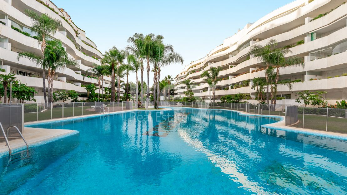 Luxury apartment in El Embrujo Banús, Puerto Banus