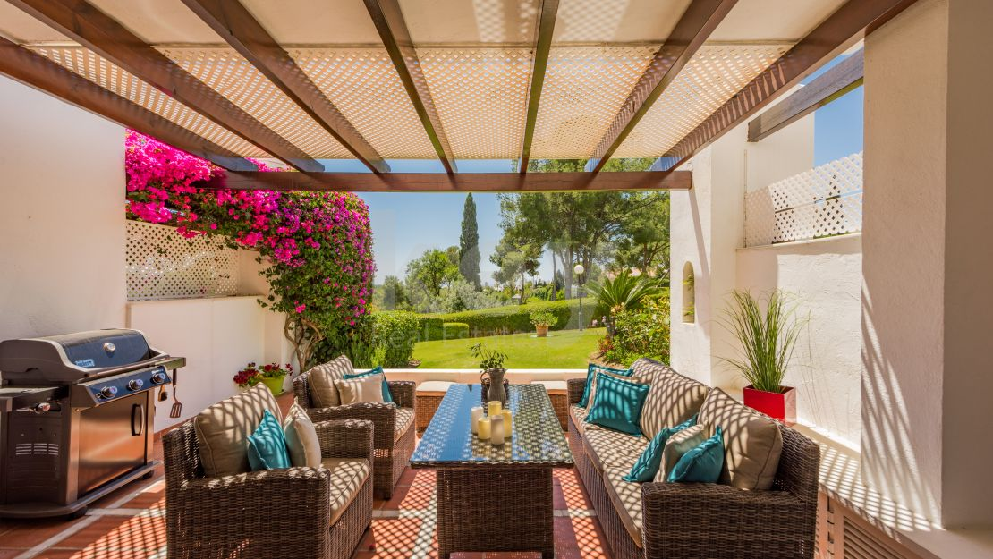 Casa Violet: beautiful house for holiday rentals in Nueva Andalucia, Marbella