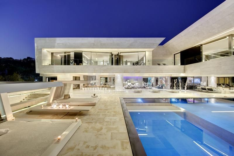 Villa Monet: incredible contemporary villa with sea views in Golden Mile, Marbella