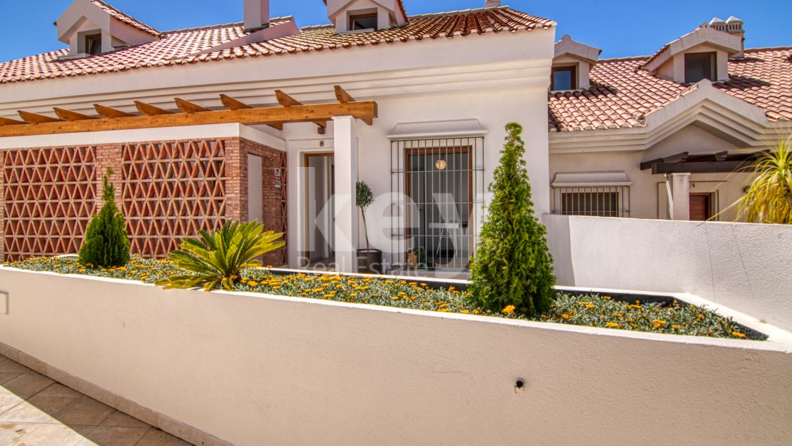 Amazing townhouse for sale in La Reserva del Higueron , Costa del Sol