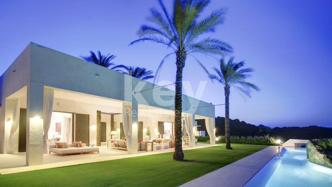 Ultra modern villa for sale in Sotogrande
