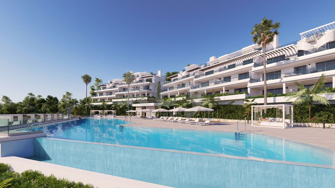 Charming flat for sale in gated community in th New Golden Mile, Estepona