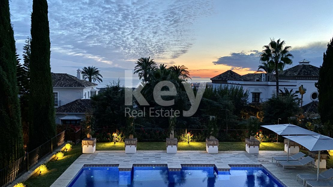 Villa Eloise: holiday rentals villa with sea views in Golden Mile, Marbella