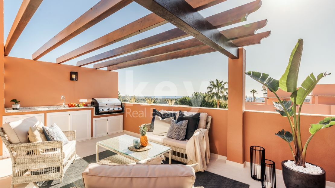 Stylish renovated townhouse for sale in Aloha, Nueva Andalucia