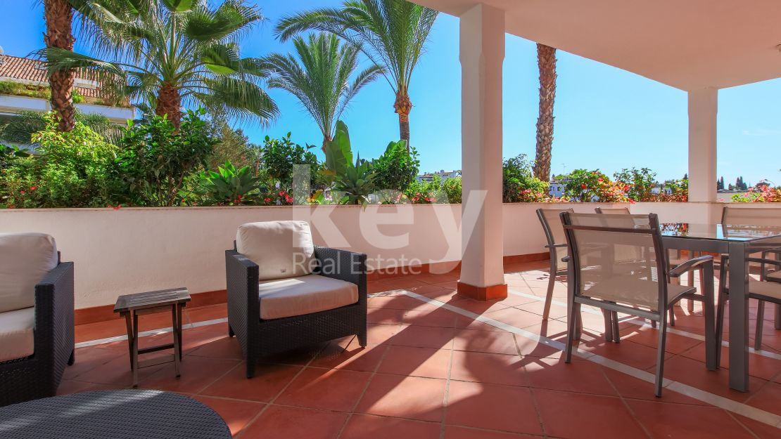 Best luxury apartment for sale in the Golden Mile, Marbella