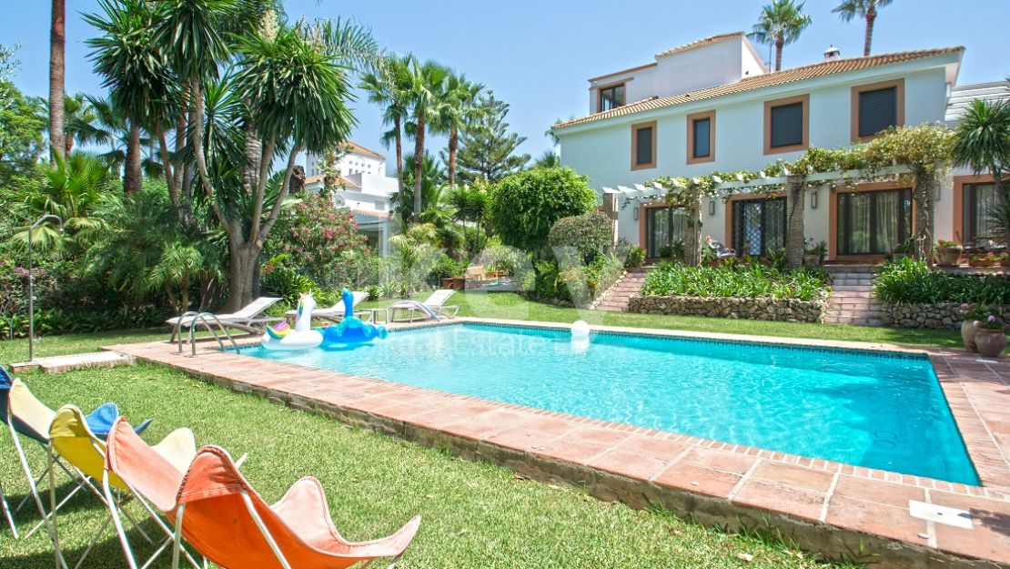 Stunning mediterranean villa in the heart of Nueva Andalucia, Marbella
