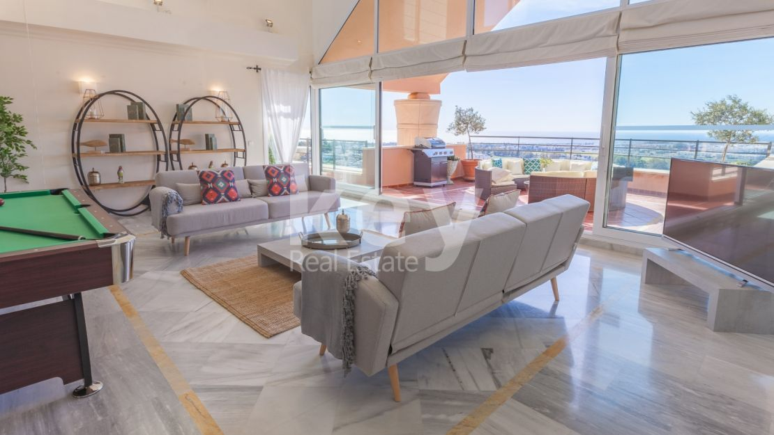 Incredible panoramic sea views duplex penthouse in Nueva Andalucia, Marbella