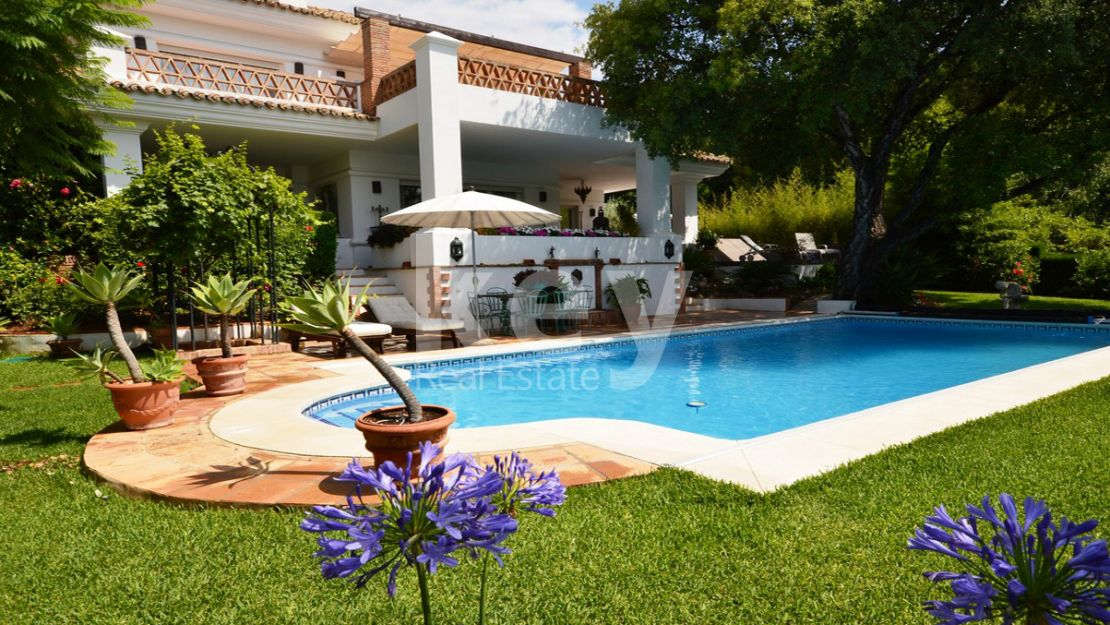 Stunning mediterranean villa in the best area of Marbella, The Golden Mile