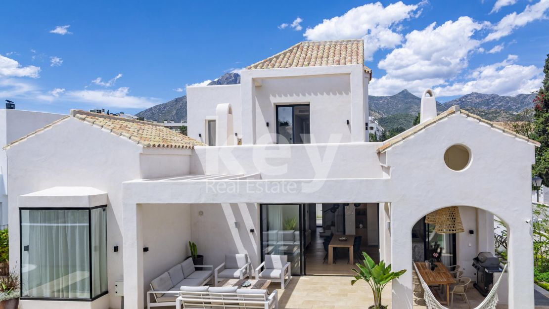 Villa Venice Beach: beachside villa in Golden Mile, Marbella