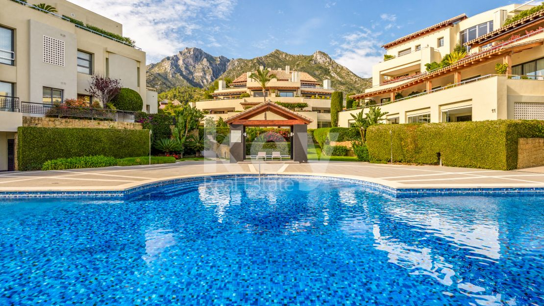 Luxury ground floor apartment in Golden Mile, Marbella