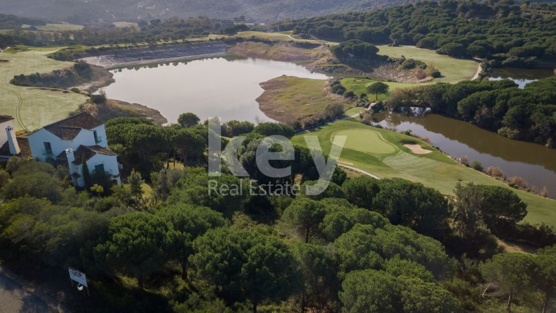 Superb frontline golf plot in Sotogrande