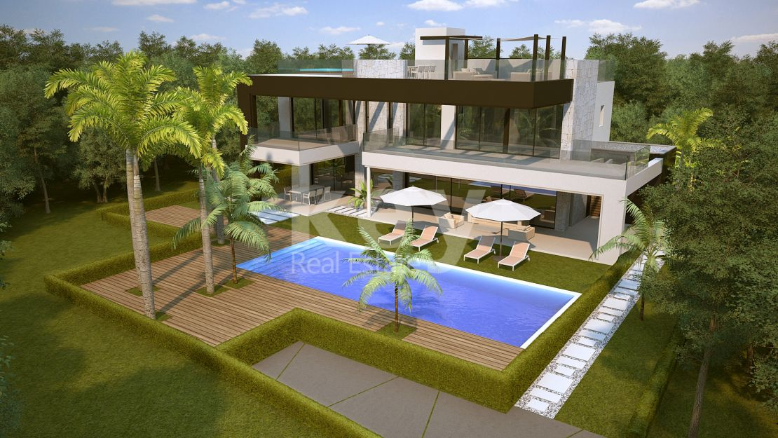 Incredible plot next to the beach in Marbesa, Marbella East