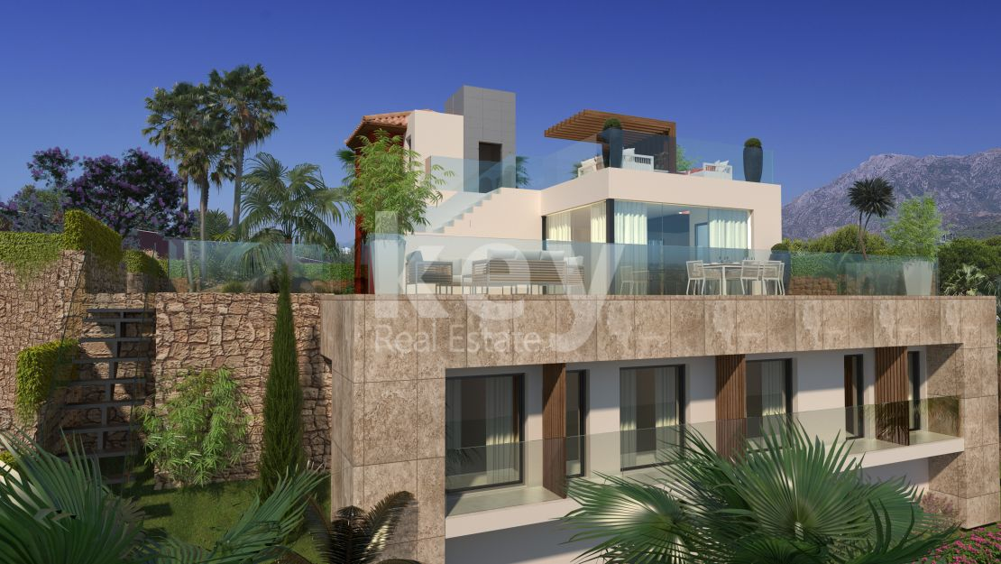 New contemporary villa next to golf in Rio Real Golf, Marbella East