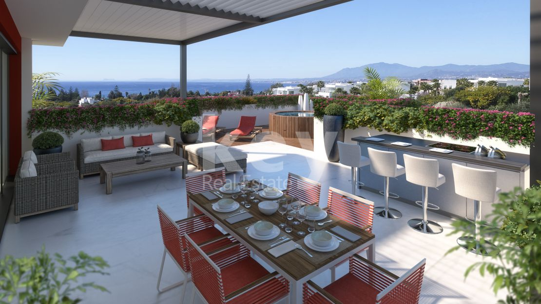 Luxury sea views duplex penthouse in Rio Real Golf, Marbella East