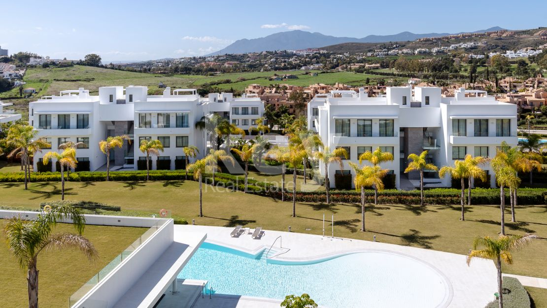 Duplex penthouse in Cataleya, Estepona Frontline Golf