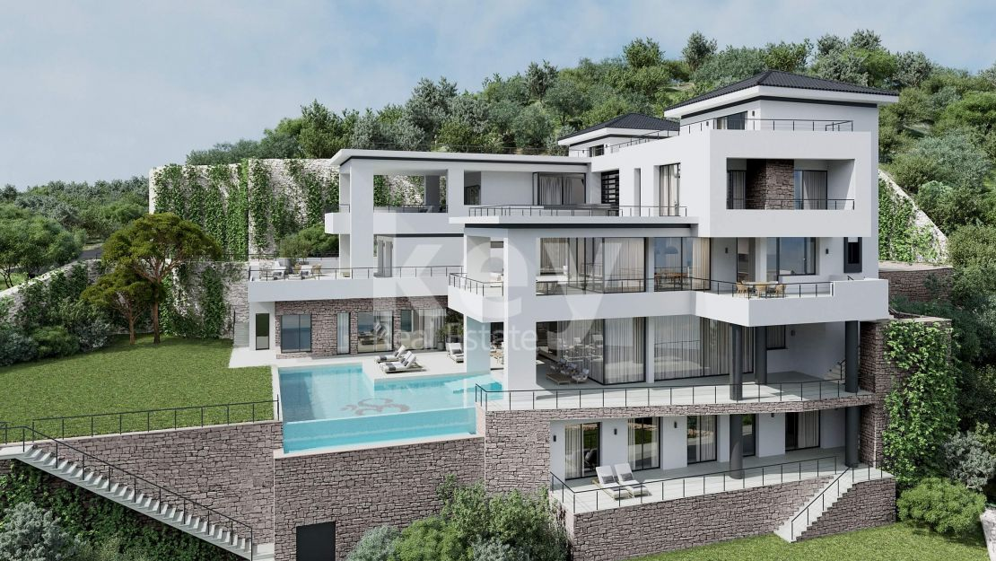 Modern villa for sale in Benahavis