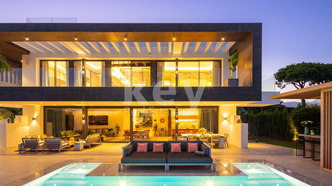 Modern villa in the heart of the golf valley, Marbella
