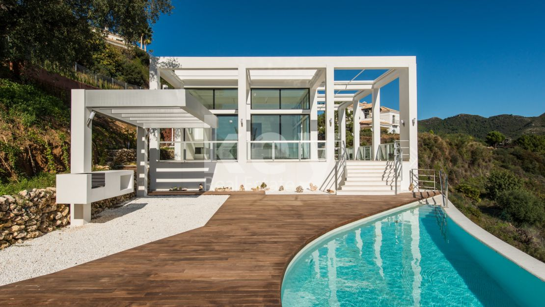 Modern sea views villa in Monte Mayor, Benahavis