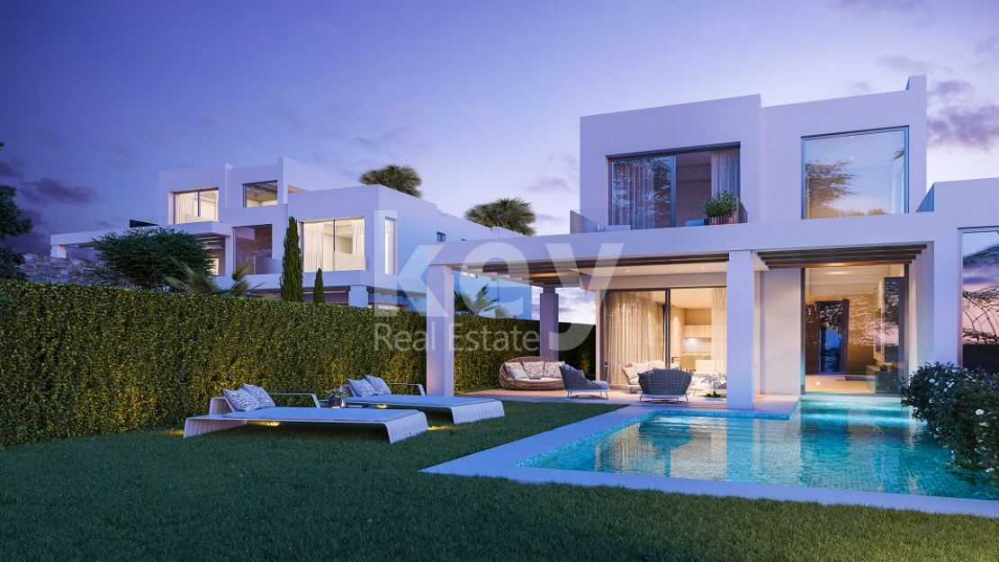 Sea views villa in Cabopino Golf, Costa del Sol