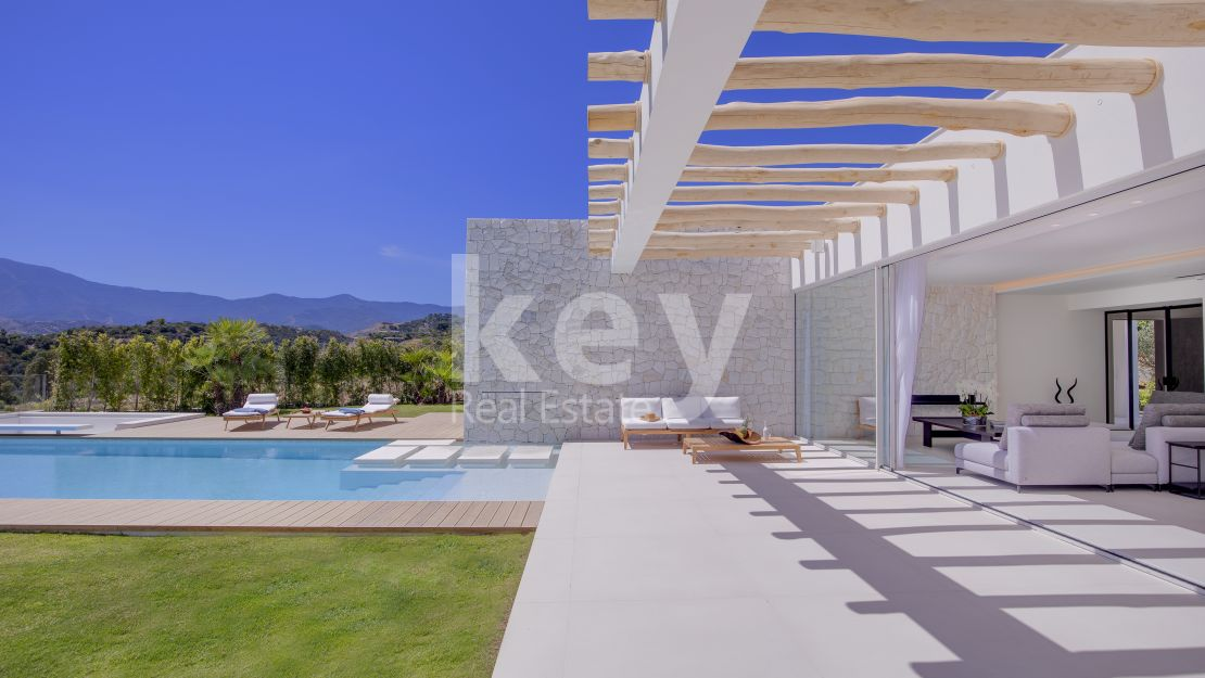 Incredible contemporary villa in Estepona