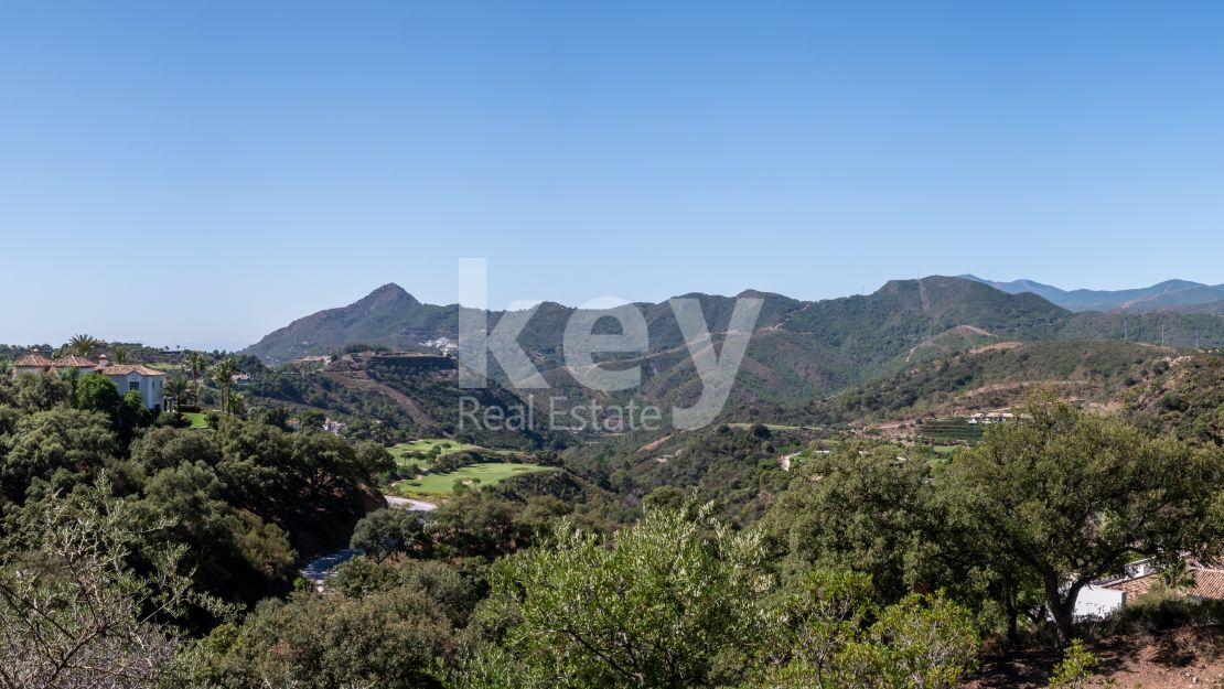 Stunning plot and project for sale in La Zagaleta