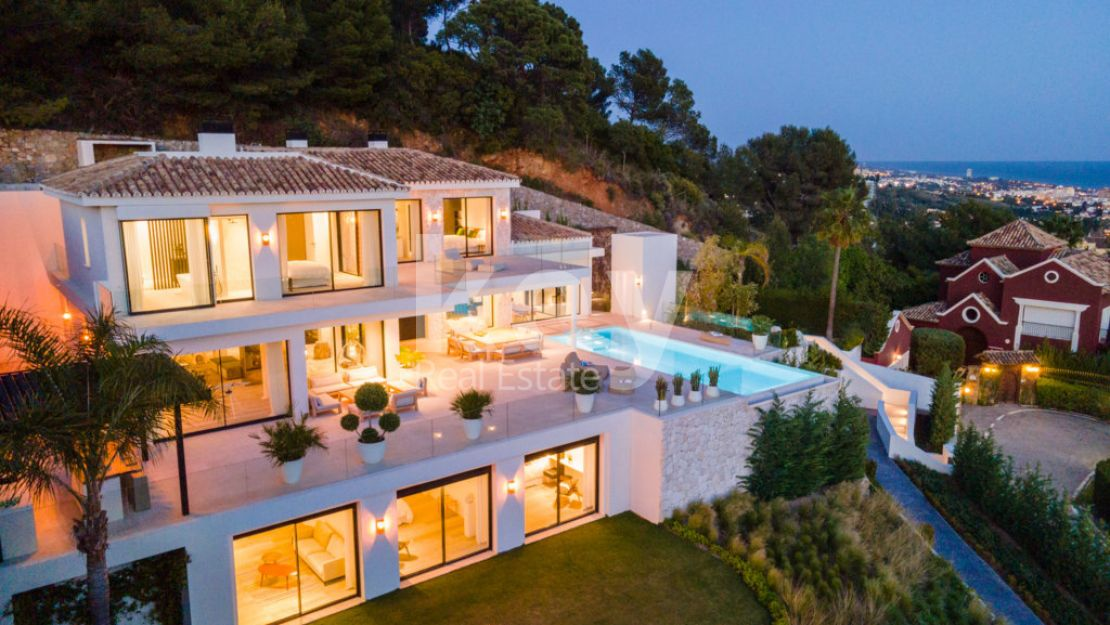 Stunning villa in Camoján with fantastic sea views