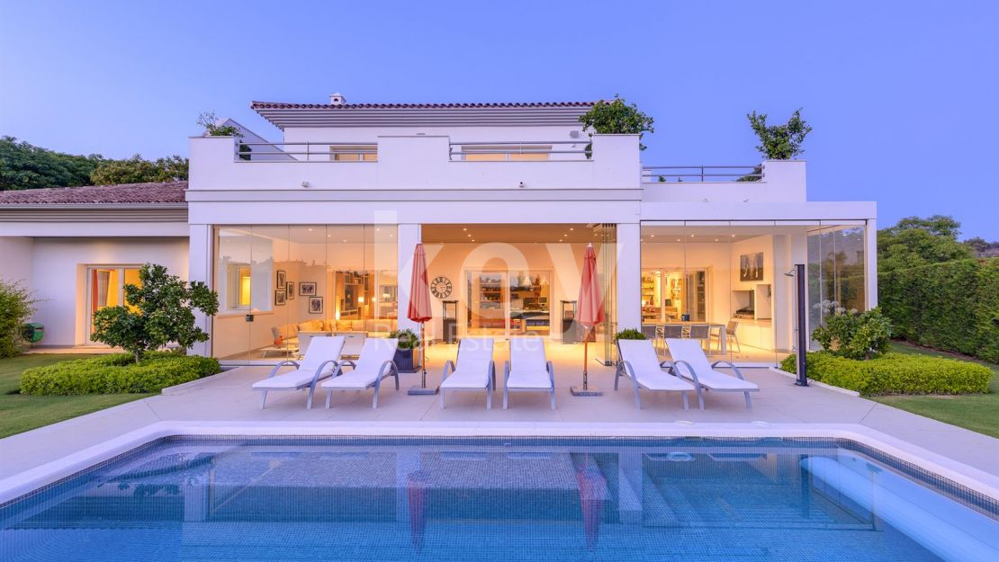 Immaculate villa in Elviria, Marbella East