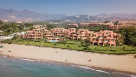 Bank Property Front LIne Beach Ground floor Apartment Marbella