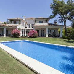 Altos reales: Luxury Marbella between sea and mountain