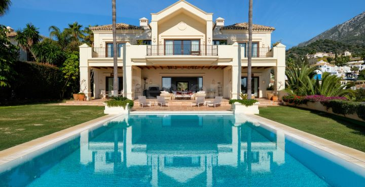 Villa te koop in Marbella Hill Club, Marbella Golden Mile