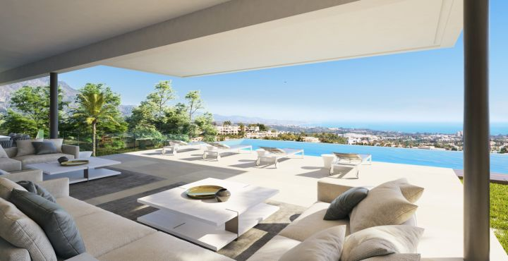 Frontline golf villa with sea views for sale in Benahavis, Marbella West