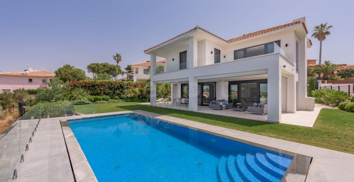 Contemporary new build villa for sale in Artola Alta, Marbella East