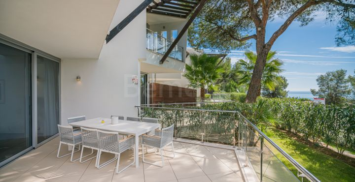 Modern 2 bedroom townhouse for sale in Marbella Golden Mile