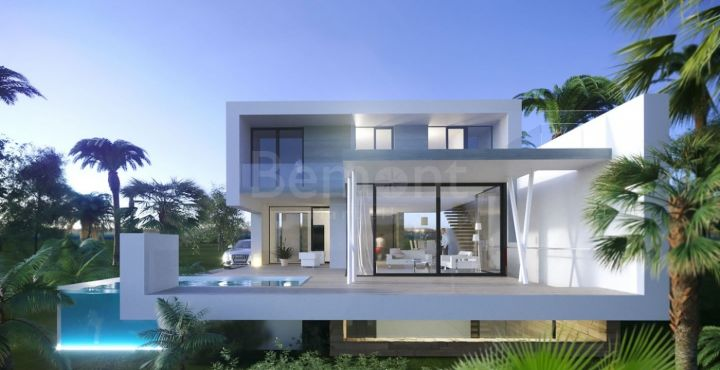 New build front line golf villa for sale in El Campanario, Estepona