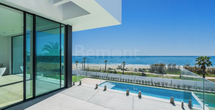 Brand new luxury villa for sale in New Golden Mile, Estepona