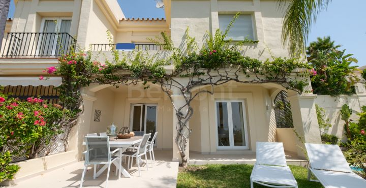 3-Bedroom golf townhouse for sale in La Quinta Golf, Benahavis