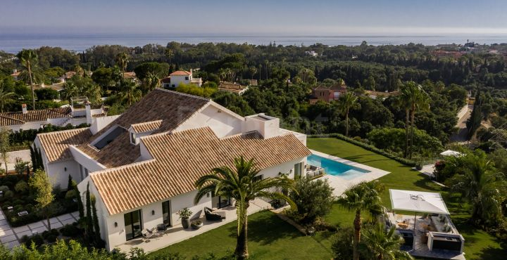Stunning luxury villa for sale in El Rosario, Marbella East