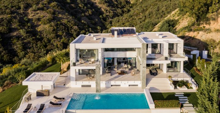 Outstanding contemporary villa for sale in Vega del Colorado, Benahavis